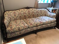 Beautiful vintage sofa  Manassas Park, 20111