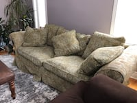 gray and white floral 3-seat sofa Des Plaines