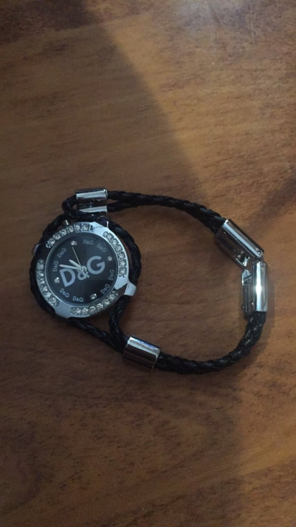 Got a new watch and don't need this ones  d271e846-4dab-47b4-9ce2-4c72aacecbaf