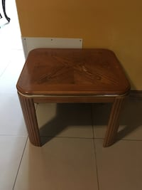 square brown wooden side table San Antonio, 78257
