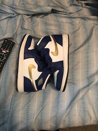 Air Force 1s size 6.5  Chamblee, 30341