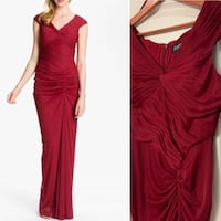 BNWT Adrianna Papell - Bordeaux ruched mesh full-legnth gown Prom Brampton, L6R 0E2