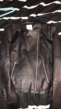Black guess leather jacket  Mississauga, L5M 8C5