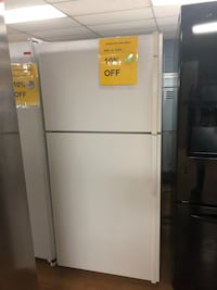 Kenmore white top freezer refrigerator  Woodbridge, 22191