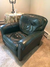 black leather sofa chair with ottoman New Haven, 06515