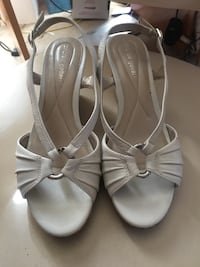 Woman sandals size 9 Jessup, 20794