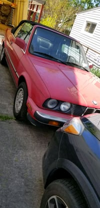 BMW - 325i - 1988 Convertible. PRICE REDUCED