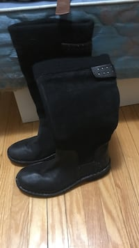 Size 7 boots.. never been worn.. Markham, L3T 1K7