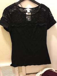 women's black scoop-neck lace shirt