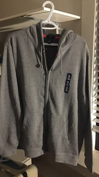 NEW THE GAP HOODIE  Vancouver, V5Z