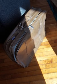 Suitcase American Tourister luggage vintage