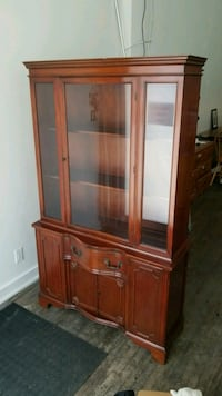 Antique / Vintage Buffet and Hutch Display Cabinet Hamilton