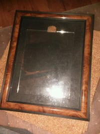 Picture frame and glass for a 2nd picture frame 609 mi