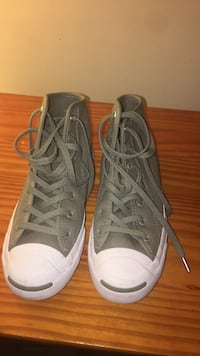 Converse size for mens 4/ size for wo's 5.5/ as new Gettysburg, 17325