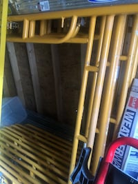 Almost new 6 sets of walk through scaffolding braces and feet Alexandria, 22311