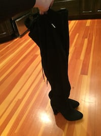 pair of black thigh-high heeled boots Qualicum Beach, V9K 2T4