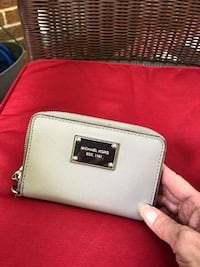 Mk authentic wallet