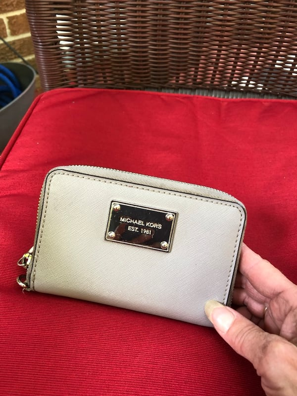 Mk authentic wallet  0