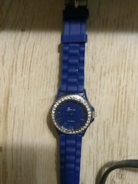 round silver analog watch with blue link bracelet Sevierville, 37876