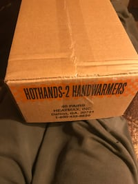 Hot Hands Handwarmers 40-Pairs Des Moines