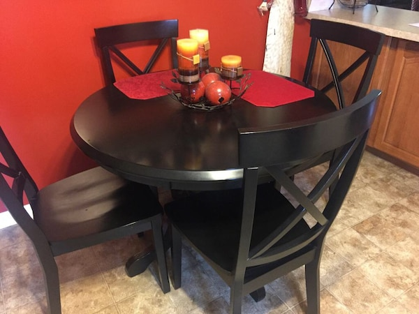 4 piece table brand new