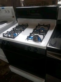 Gas stove excellent condition  Baltimore, 21223