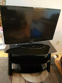black Samsung flat screen TV Mississauga, L5A 2H5