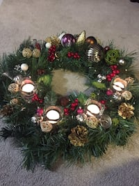 green silver and red Christmas wreath