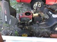 black and red ride on mower Lavon, 75166
