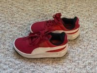 PUMA Kid Sneakers Size 11  New Haven, 06513