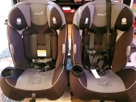 2 Safety 1st Carseats w/bases