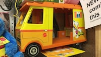 yellow and orange toy truck Conway, 72034