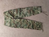 brown and green camouflage pants