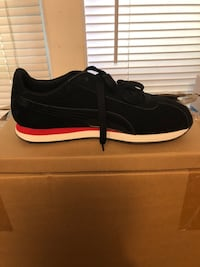 Black and red pumas size 11 Boston, 02131