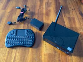 Azzule Fanless Mini PC + wireless Keyboard