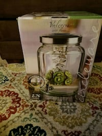 clear glass pitcher with box Alexandria, 22307
