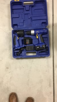 Blue cordless hand drill with case Los Angeles, 91040