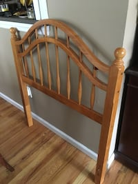 Headboard & bed frame (Twin size)
