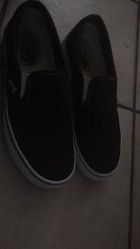 black-and-white low top sneakers Virginia Beach, 23451