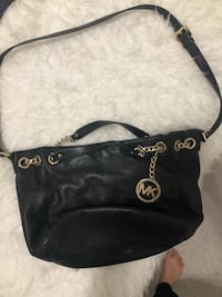 black leather Michael Kors hobo bag Delta, V3M