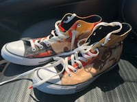 Limited edition looney tunes Chucks 9 in men's and 11 in Women's///barely worn  Nolanville, 76559