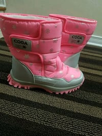Pink Boots With Fur on The Inside Size Womens 8-9  Ottawa, K1T 0B4