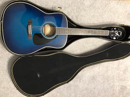 Yamaha Acoustic Guitar FG-422 OBB With Case.