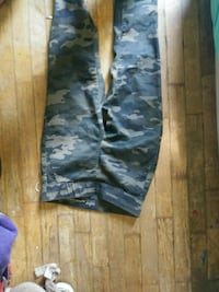 black and gray camouflage pants Dallas, 30132