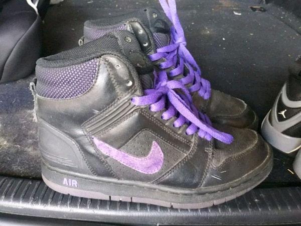 cde5c9c9737b Used pair of black-and-purple Nike basketball shoes for sale in Glendale -  letgo
