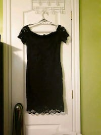 Black off the shoulder dress Cambridge, N3H 4J6