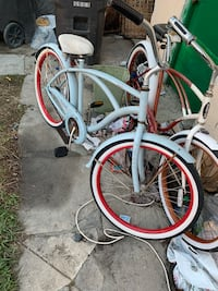 white and red cruiser bicycle Long Beach, 90806
