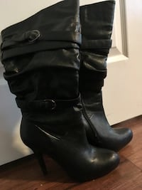 Ladies practically brand new high heel boots Qualicum Beach, V9K