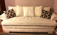 Matching Sofa & Love Seat w/ upholstered covers Charlotte, 28269
