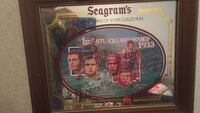 Seagrams 1933 NFL championship mirror  Roseland, 70456